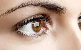 افضل طبيب عيون في الاردن بياض بؤبؤ العين